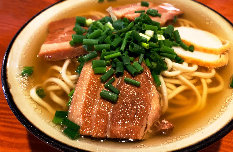 美味しい三枚肉沖縄そば